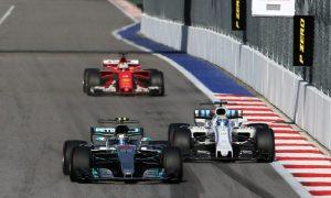 Video: Vettel flips the bird to Massa!