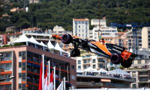 Vandoorne undeterred by qualifying crash