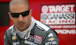 Tony Kanaan dresses down not-so-humble Lewis Hamilton