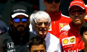 Ecclestone says Ferrari should sign Alonso