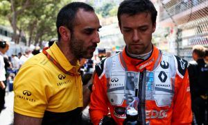 Abiteboul still hoping to keep Palmer in the 'Renault family'