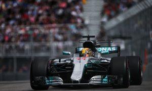 Hamilton wary of 'still weak' Mercedes W08