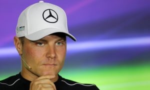 Bottas in no rush to secure 2018 future