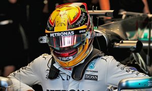 Hamilton optimistic for weekend despite 'difficult day'