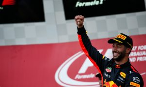 Wild race in Baku hands victory to Daniel Ricciardo