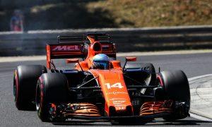 McLaren drivers target points after top-ten qualifying