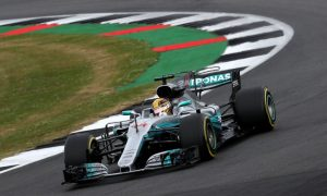 Hamilton tops weather-impacted FP3