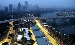 Singapore closes in on new F1 deal