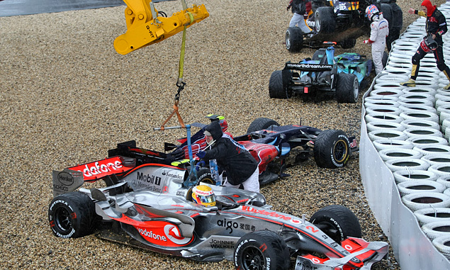 Lewis Hamilton, McLaren, in the gravel at turn 1 at the 2007 European Grand Prix