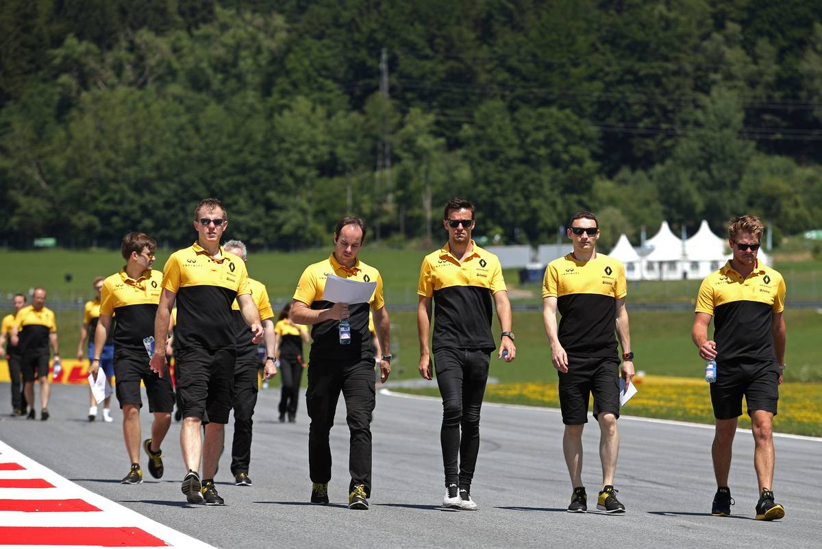 Jolyon Palmer (GBR) Renault Sport F1 Team  06.07.2017. Formula 1 World Championship, Rd 9, Austrian Grand Prix, Spielberg, Austria, Preparation Day.- www.xpbimages.com, EMail: requests@xpbimages.com - copy of publication required for printed pictures. Every used picture is fee-liable. © Copyright: Charniaux / XPB Images