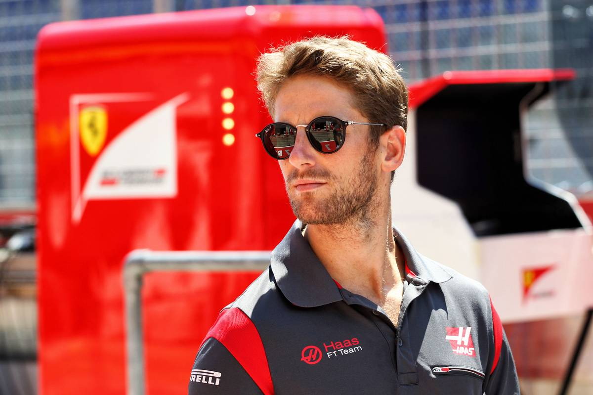 Romain Grosjean (FRA) Haas F1 Team. 06.07.2017. Formula 1 World Championship, Rd 9, Austrian Grand Prix, Spielberg, Austria, Preparation Day. - www.xpbimages.com, EMail: requests@xpbimages.com - copy of publication required for printed pictures. Every used picture is fee-liable. © Copyright: Photo4 / XPB Images