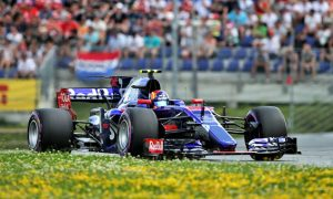 Toro Rosso's Sainz on the up, but Kvyat left frustrated