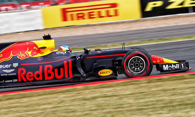 Daniel Ricciardo to get new power unit for British Grand Prix
