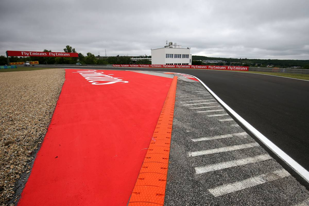 Track atmosphere 27.07.2017. Formula 1 World Championship, Rd 11, Hungarian Grand Prix, Budapest, Hungary, Preparation Day. - www.xpbimages.com, EMail: requests@xpbimages.com - copy of publication required for printed pictures. Every used picture is fee-liable. © Copyright: Charniaux / XPB Images