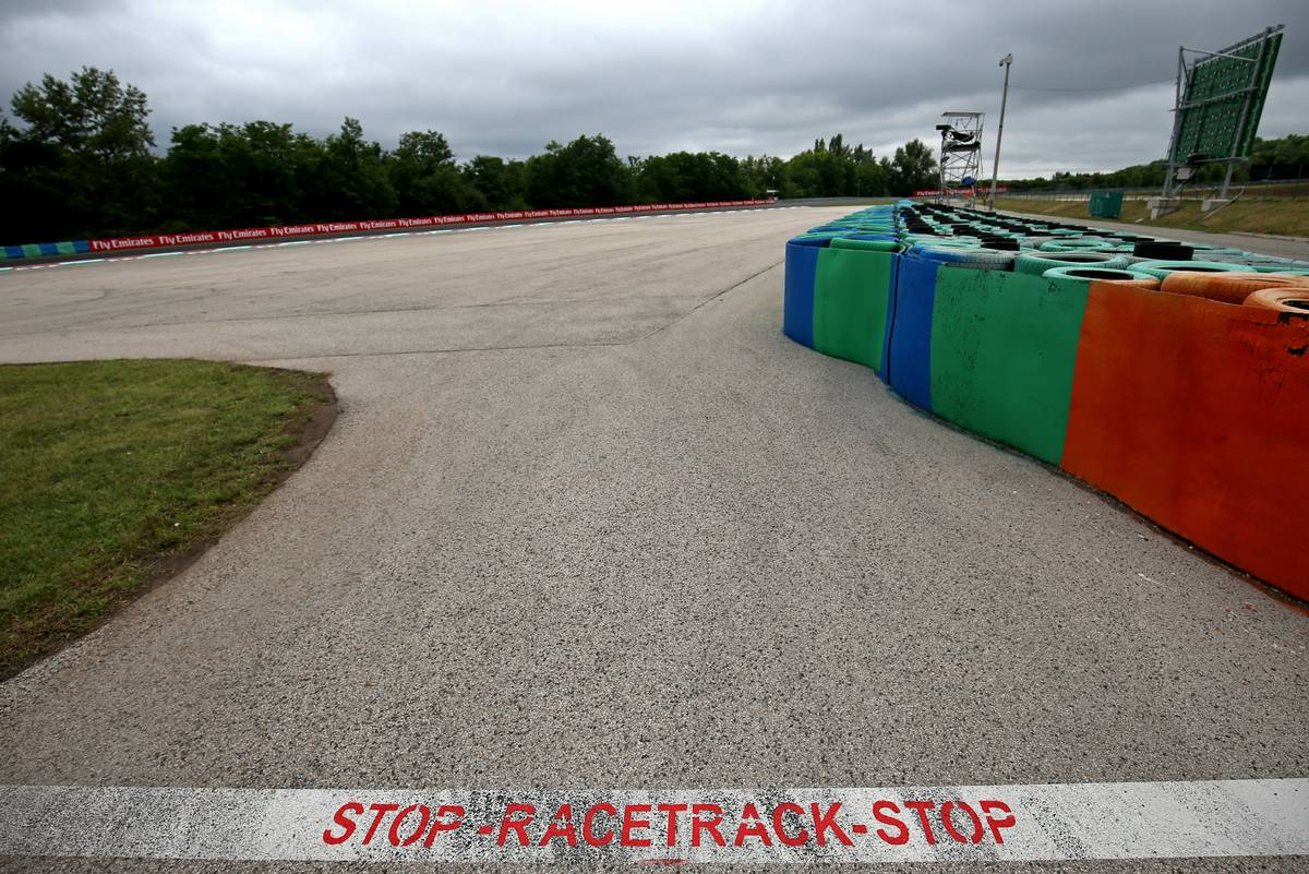 Track atmosphere27.07.2017. Formula 1 World Championship, Rd 11, Hungarian Grand Prix, Budapest, Hungary, Preparation Day.- www.xpbimages.com, EMail: requests@xpbimages.com - copy of publication required for printed pictures. Every used picture is fee-liable. © Copyright: Charniaux / XPB Images