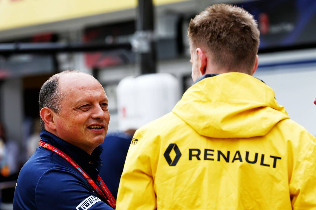 (L to R): Frederic Vasseur (FRA) Sauber F1 Team, Team Principal with Nico Hulkenberg (GER) Renault Sport F1 Team. 27.07.2017. Formula 1 World Championship, Rd 11, Hungarian Grand Prix, Budapest, Hungary, Preparation Day. - www.xpbimages.com, EMail: requests@xpbimages.com - copy of publication required for printed pictures. Every used picture is fee-liable. © Copyright: Batchelor / XPB Images