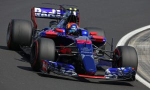 Honda engine supply linked to Toro Rosso