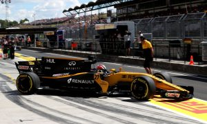 Hulkenberg sees momentum building at Renault thanks to upgrades