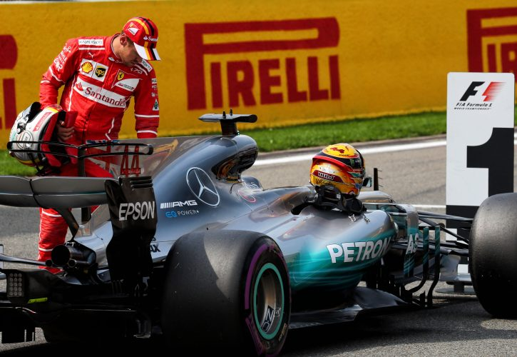 Niki Lauda says Mercedes must back Lewis Hamilton for the championship