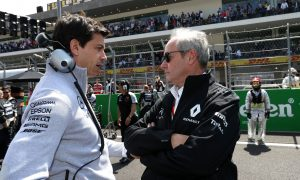 Wolff: 'Wrong strategy for F1 to crawl back to V8 engines'