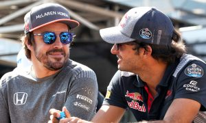 Fernando Alonso (McLaren) and Carlos Sainz (Toro Rosso)