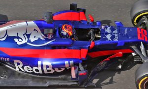 Toro Rosso commits to three-year Honda deal
