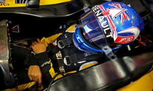 Palmer drops to P14 following gearbox change