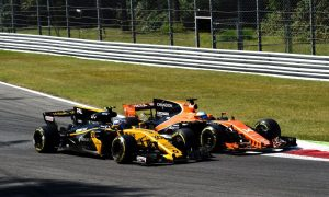 Palmer doesn't give a hoot about Alonso