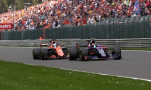 McLaren's fate with Renault rests with Toro Rosso