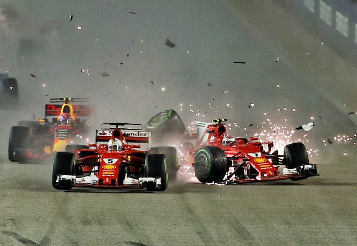 Accident at the start of the 2017 Singapore Grand Prix