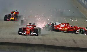 Stewards decide no penalties warranted over first corner crash