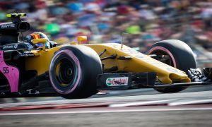 Sainz: 'Yellow suits me so far, yes!'