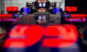Hartley kicks off F1 career with a grid penalty!