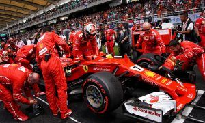 Repeat failure at Ferrari 'completely unacceptable', says Symonds