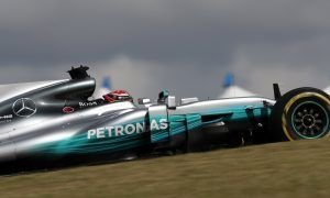 Hamilton keeps rivals behind in final US GP practice