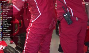 A loose screw sets Vettel's bum on fire!
