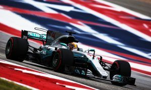 Hamilton keeps the momentum going in FP2