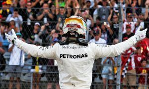 Hamilton stays in charge in Austin with dominant pole
