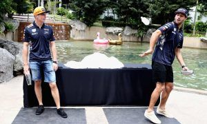 Ricciardo tells us something we didn't know about Max Verstappen