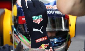 Red Bull's Daniel Ricciardo - Biometric glove