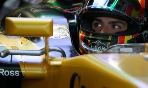 Sainz determined to fight back for points in Brazil