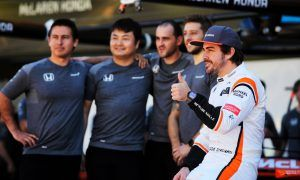 Alonso searches in vain for good memories of Honda