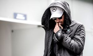 Hamilton: 'Outside the car I didn't feel right'