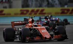 McLaren 'rally car' a real handful for Vandoorne