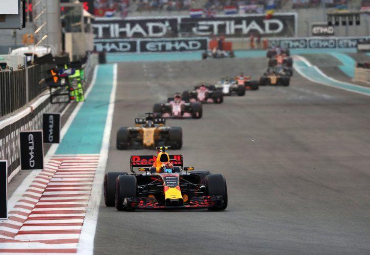 Hamilton: New Formula 1 Logo Isn't 'Iconic'