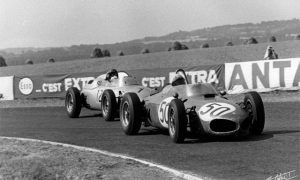 Two F1 racers born on Christmas day