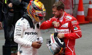 Hamilton expecting 'gun blazing' response from Vettel in 2018