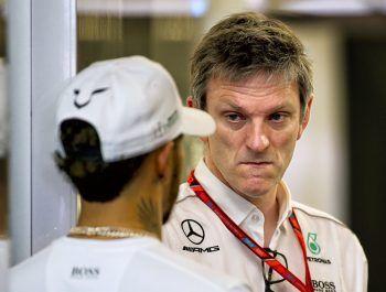 Mercedes technical boss Allison lauds 'astonishing' Hamilton