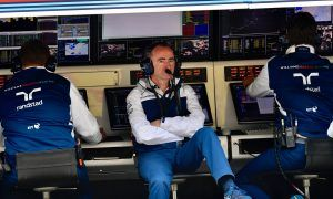 Williams' Lowe keeping a watchful eye on McLaren