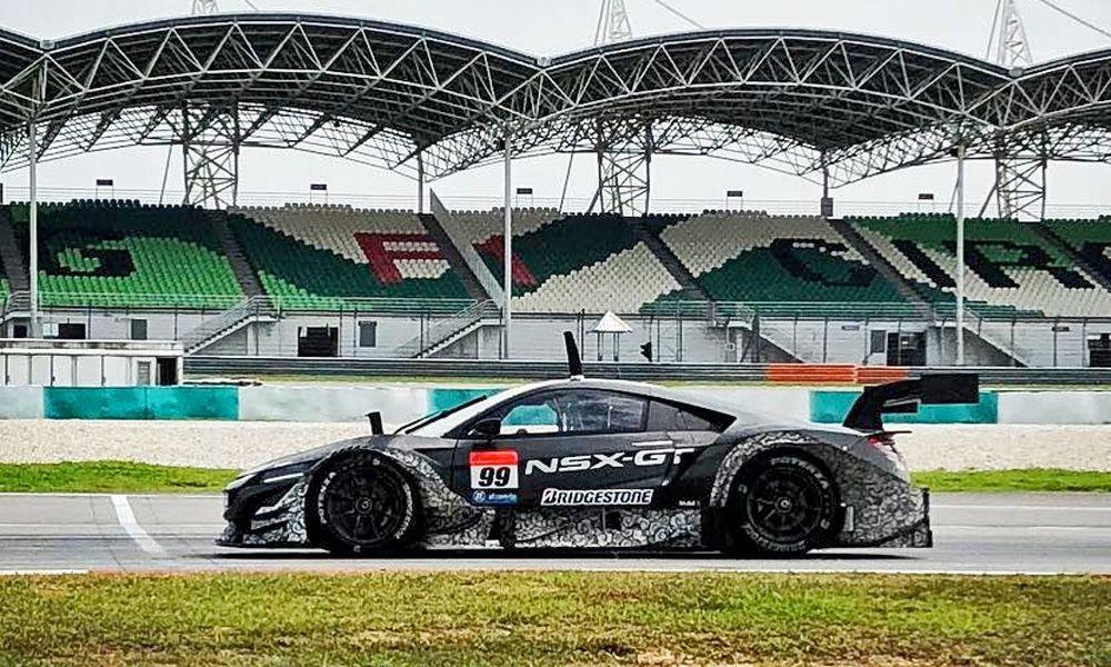 Jenson Button's Team Kunimitsu NSX-GT ahead of the 2018 Super GT season.